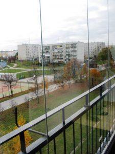 Przesuwna zabudowa balkonu
